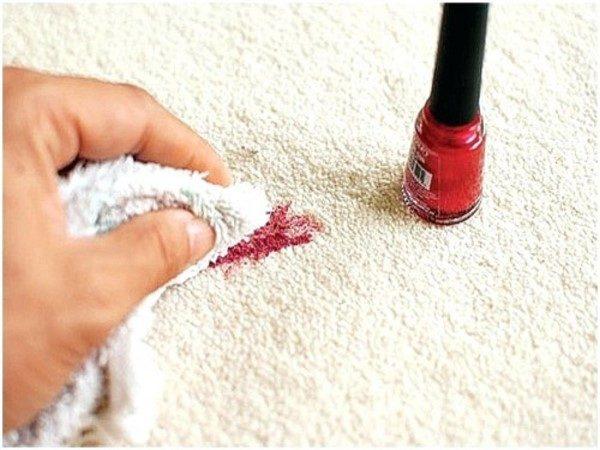 پاک کردن لکه لاک از روی لباس