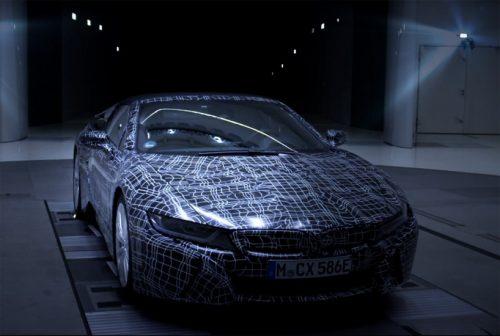 BMW اولین تصاویر i8 جدید و کروک را منتشر کرد