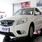 رویت یک خودروی جدید چینی در خیابان های تهران