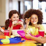 به تغذیه دانش آموزان در مدرسه اهمیت دهید