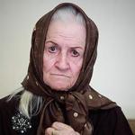 فرزند «ملکه رنجبر»: مادرم 48 ساعت حیاتی پیشرو دارد