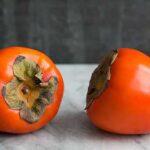 خرمالو یک میوه خوشرنگ و زیبای پاییزی است .