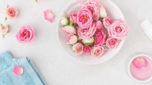 گلاب برای جای جوش صورت