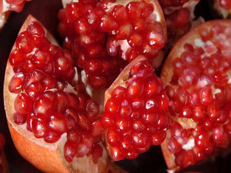 معجزه میوه انار
