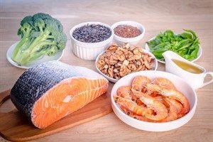 امگا ۳ در چه مواد غذایی موجود است ؟
