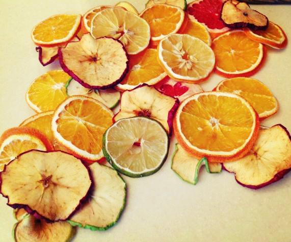 ميوههای خشک   خواص میوه های خشک و نحوه خشک کردن میوه ها