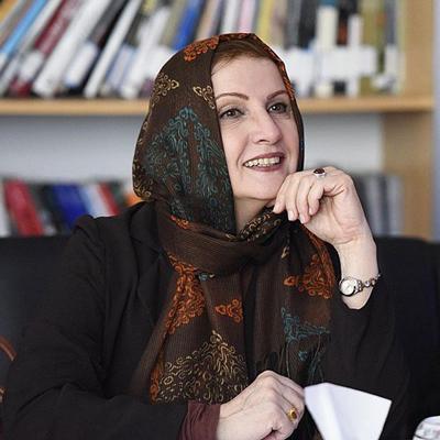 زهرا سعیدی از زندگی خصوصی و دوران معلمیش میگوید