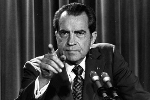 گذری بر زندگی ریچارد نیکسون