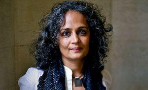 نگاهی به زندگی آرونداتی روی نویسنده و فعالی سیاسی در هند
