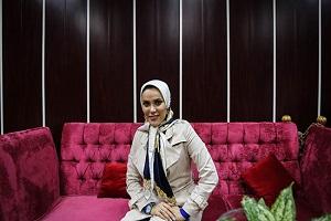 گذری بر زندگی مهسا ایرانیان، اولین زن استنداپ کمدین ایرانی