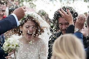 نگاهی به زندگی و مراسم ازدواج خاص و دیدنی جان اسنو و رز لزلی و مهمانان معروف این مراسم