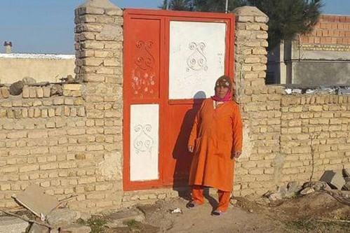 زندگی صغری خانی شهرآبادی؛ تنها بانوی پاکبان !