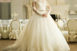 راهنمای انتخاب لباس عروس مناسب + تصاویر
