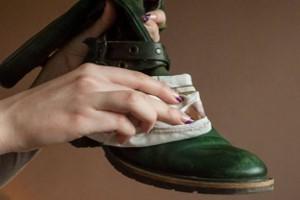 چگونه از کفشهای خود در فصل زمستان محافظت کنیم