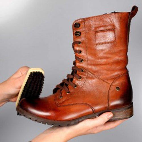 نگهداری از کفش