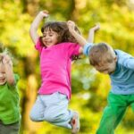 اصول پوشش کودکان در تابستان