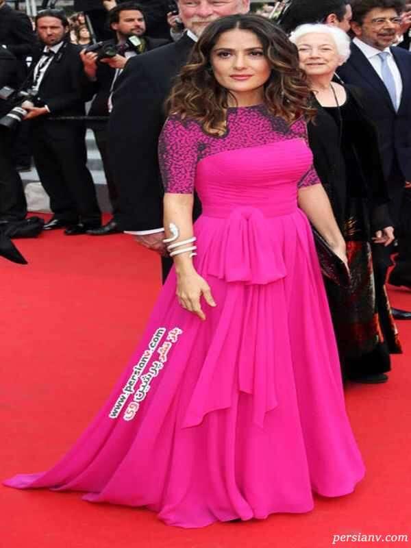 سلما هایک در لباسی از برند Saint Laurent