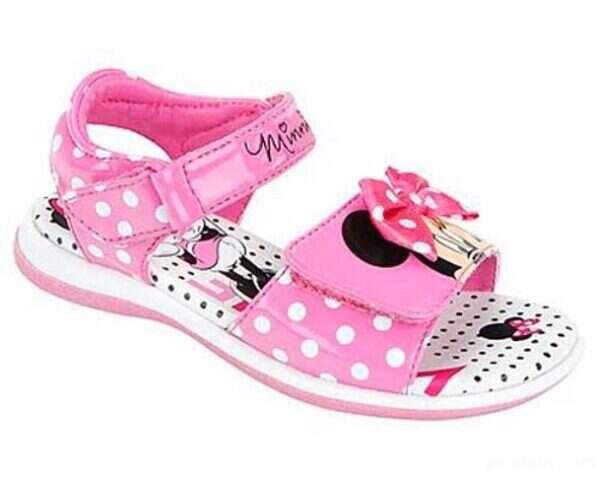 کفش های عروسکی