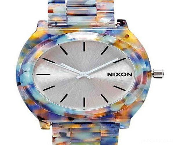 ساعت های رنگی
