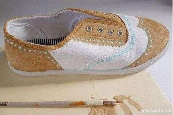 تزیین کفش کتانی ساده