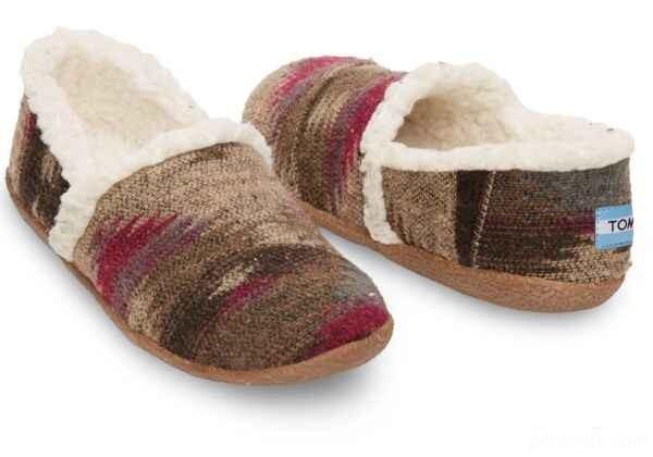کفشهای رو فرشی شیک مخصوص فصل سرد