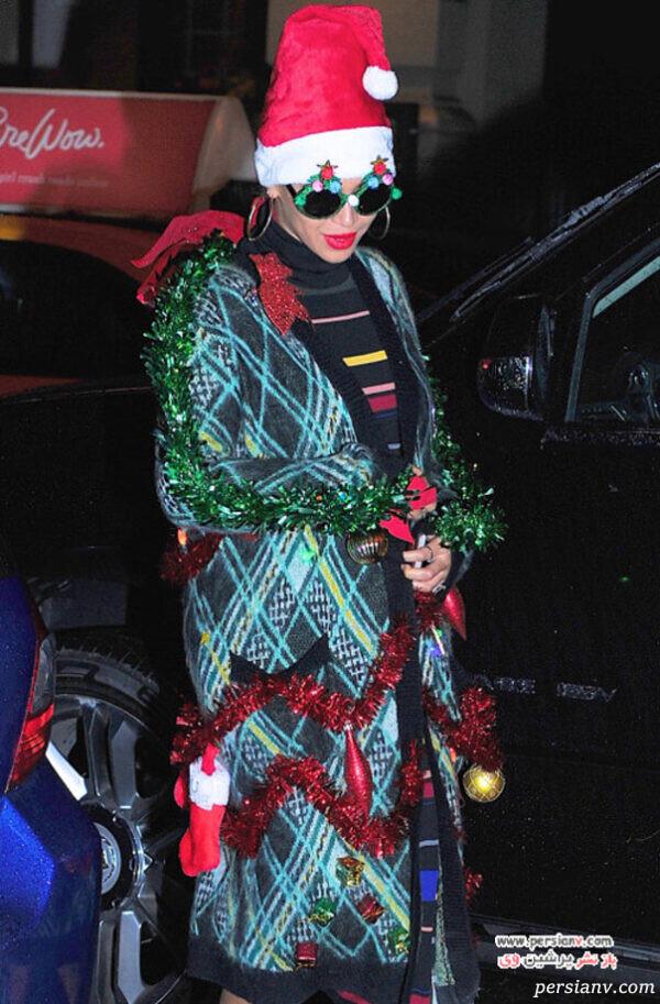 بیانسه و لباس درخت کریسمسی