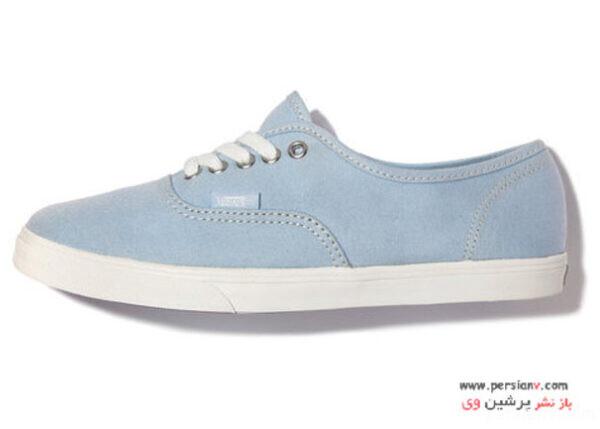 کفش اسپرت آبی رنگ