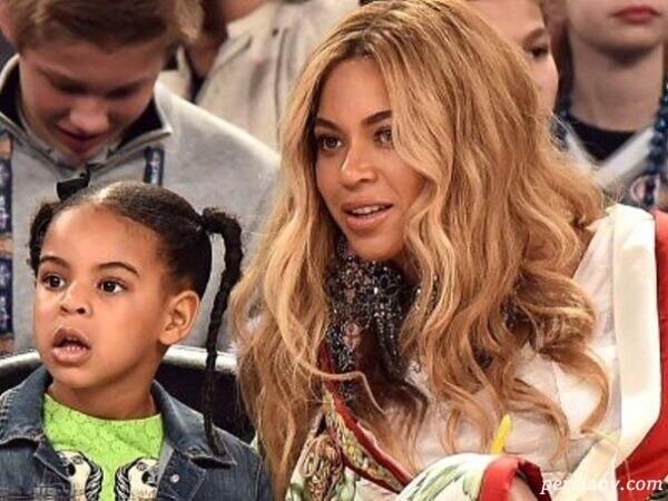 بیانسه و دخترش با لباس ست مادر و دختر از برند مشهور گوچی