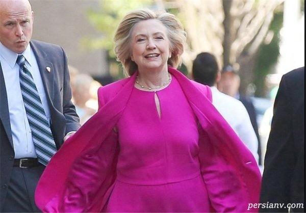 سبک لباس هیلاری کلینتون با کت شلوارهای رنگارنگ