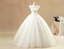 چگونه در لباس عروسی لاغرتر به نظر برسیم؟