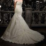 مدل لباس عروس های طرح ساتن و گیپور