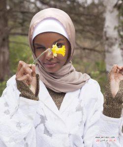 حلیمه ادن مدل مسلمان و با حجاب در کمپین تبلیغاتی لباس های لوکس به مناسبت رمضان