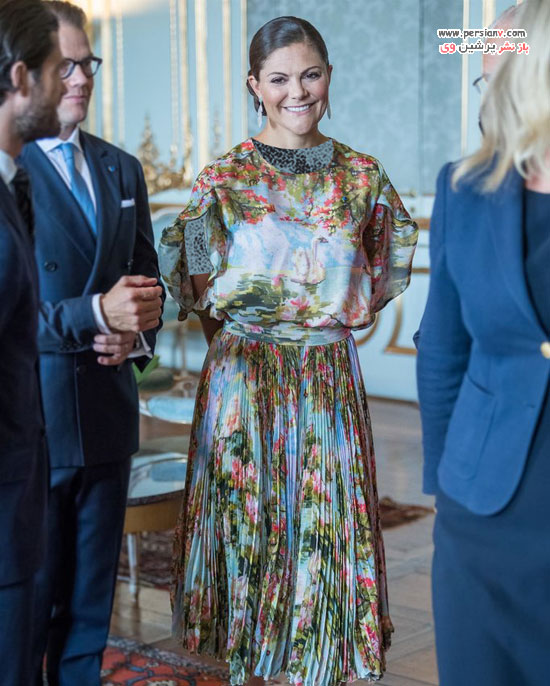 لباس طرح دار ولیعهد سوئد