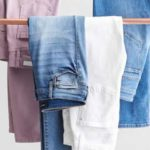 ست کردن شلوار جین های ضروری دخترانه با شلوارهای ترند ۲۰۱۹