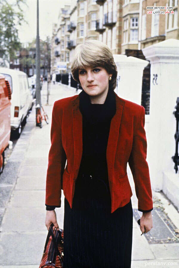 کت و کیف قرمز