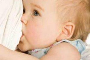 کشف علت باهوش شدن نوزادان با مصرف شیر مادر
