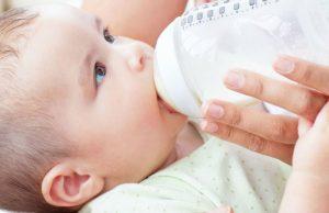 شیردهی نوزاد