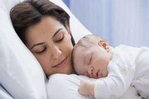 اهمیت تماس پوستی مادر با نوزاد پس از تولد