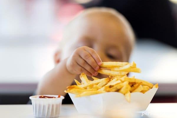 چه کنیم تا کودکان مان چاق نشوند؟