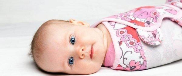 آیا قنداق گرفتن نوزاد خطرناک است؟