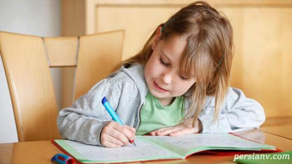 چگونه بچه ها خوش خط می شوند؟