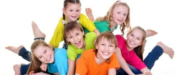 کمک به کودک برای دوستیابی