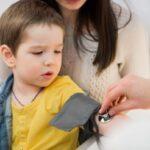 اندازه گیری فشار خون کودک