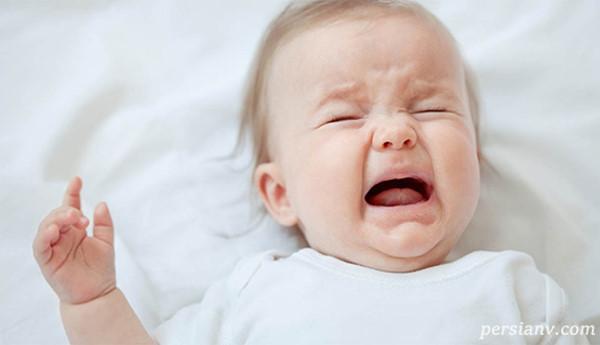 شیر دادن به نوزادی که رفلاکس دارد