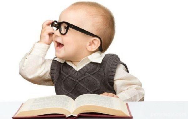 چگونه دایره لغات کودک نوپا را افزایش دهیم