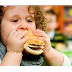 تغذیه ناصحیح مادر و چاقی کودک