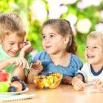 برای تغذیه کودکان در سفر به این نکات توجه کنید!