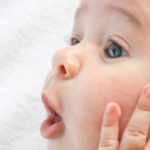 علت سکسکه نوزاد تازه متولد شده و درمان آن