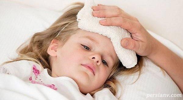 پایین آوردن تب کودکان در خانه