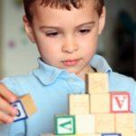 چرا کودکمان به اوتیسم مبتلا شده است؟